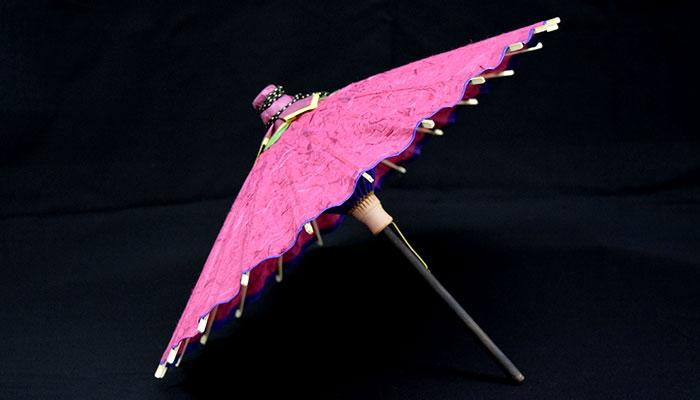 置いた時の出雲民藝紙ミニ和傘