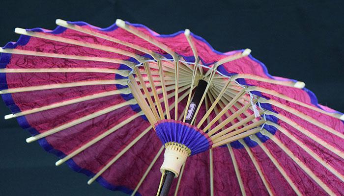 内側から見た出雲民藝紙ミニ和傘
